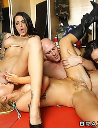 Lucky Guy Pleasured By Three Babes
