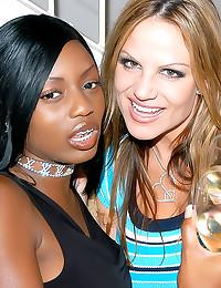 Interracial threesome with vi...