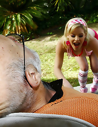 Old man cock fucks her