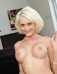 Cock Hungry Mature Babe Pleasures Cock