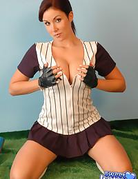 Sweet Krissy - Nasty cheerleader babe shows off her impressive cleavage