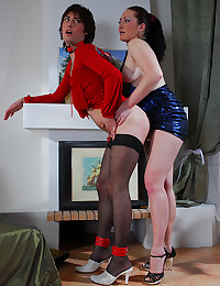 Submissive Gay Dominated By Babe