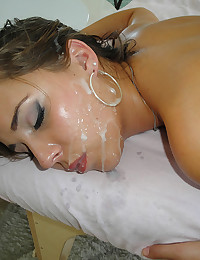 Hot Ella Gets Massaged Then Banged