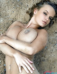 Nude beach pics. Hot beach girls