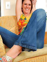 Mature with soft sexy feet
