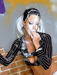 Gloryhole girl covered in jiz...