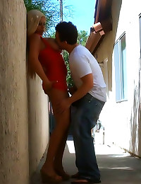 Blonde fucked in an alley