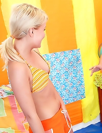 Bikini blonde hardcore fuck a...