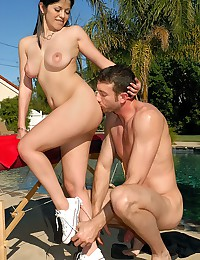 He does the delightful girl outdoors