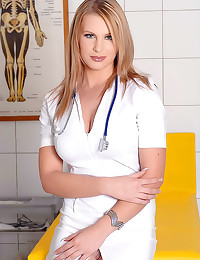 Hot solo nurse in lip gloss
