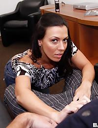 Saucy Rachel Milks Thick Dick