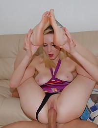 Pretty Teen Vixen Perfect Seduction