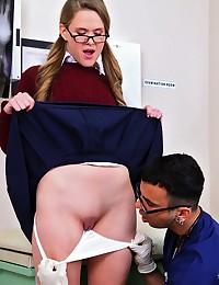 Male nurse gets dirty with schoolgirl
