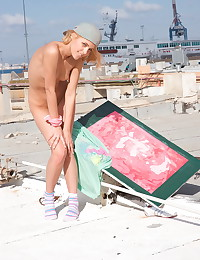 Sasha Blonde - Sasha Blonde is showing us her beautiful tits outdoors