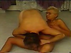 Piss: granny sex