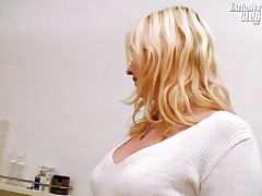 Leah - Gyno Doctor Examining And Speculum Gaping Blonde Gyno Patient