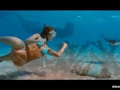 Jessica Alba - Jessica Alba Flaunts Her Butt