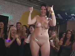 Party Hardcore 75