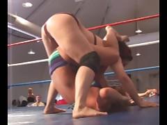 female wrestling - Grace vs Krissy