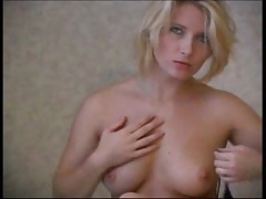 Wonderful MILF Striptease
