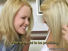 Horny cute blonde lesbian babes kissing