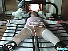 Asian slave Bibi tiedup for sexy photoshoot